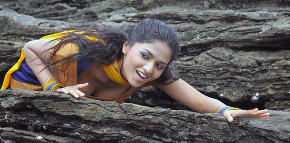 sunaina yathumaagi sexy 06 Sunaina hot sexy photo gallery