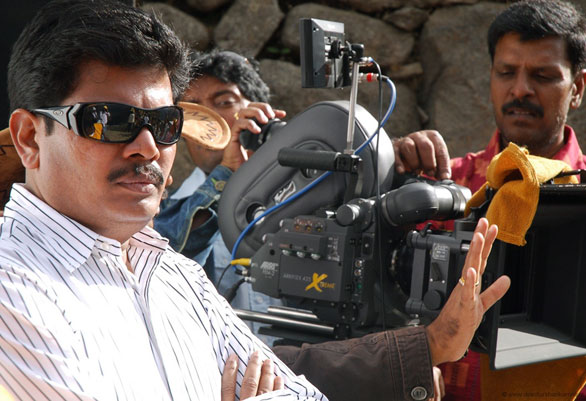 Endhiran Onlocation 003 Enthiran stills of Aishwarya Rai and RajniKanth
