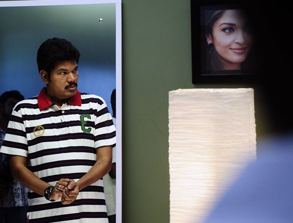 Endhiran Onlocation 004 Enthiran stills of Aishwarya Rai and RajniKanth