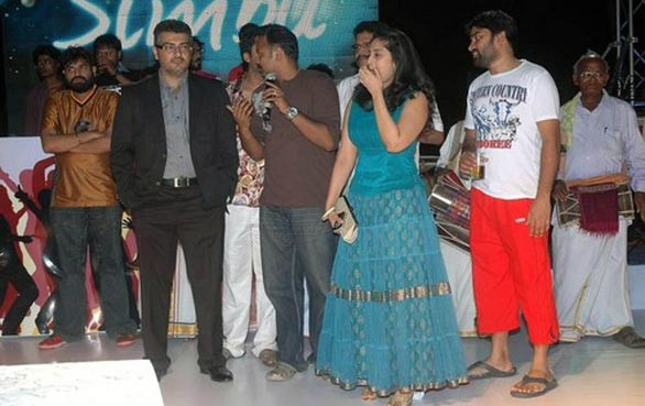 Ajith with wife Shalani and Trisha at Simbu 25th birthday 3 Ajith, Shalini & Trisha at Simbu's Birthday Bash