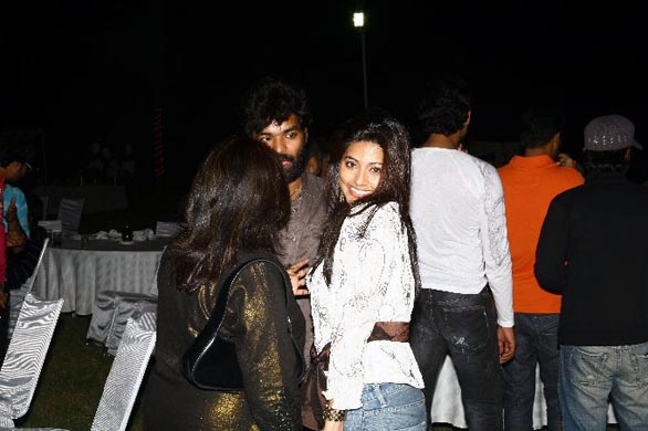simbhu birthday bash stills 54 Ajith, Shalini & Trisha at Simbu's Birthday Bash