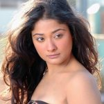 Kiran Rathod's item number in Swarna Manjali