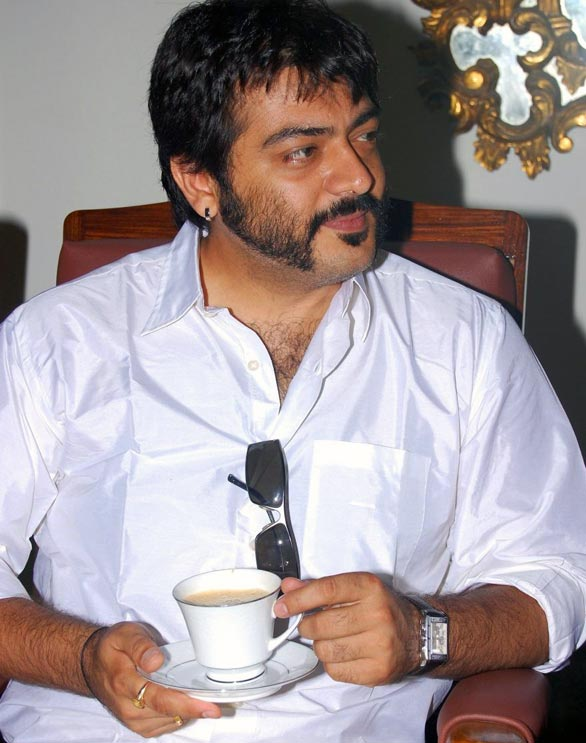 ajith1 Ajith and his lap top: what is he upto?