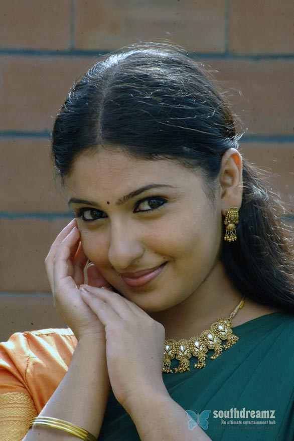 tamil movie actress monica saree stills 2 Monica stills