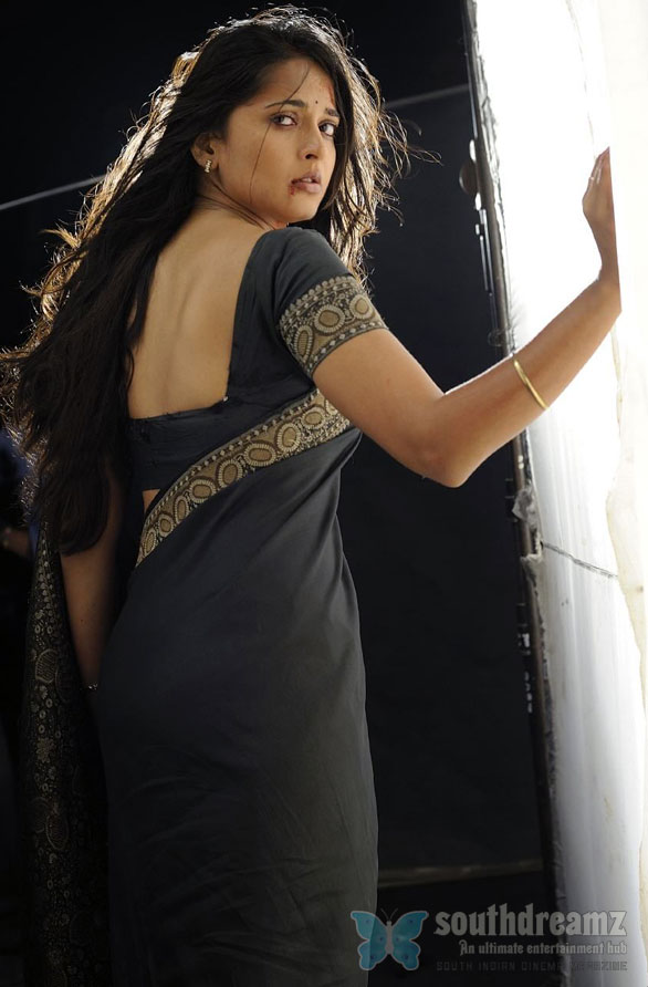 Anushka 9 Anushka in Hindi Movie