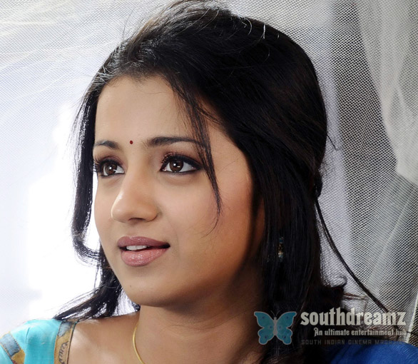 Trisha cute stills 3 Trisha demands more for bikini