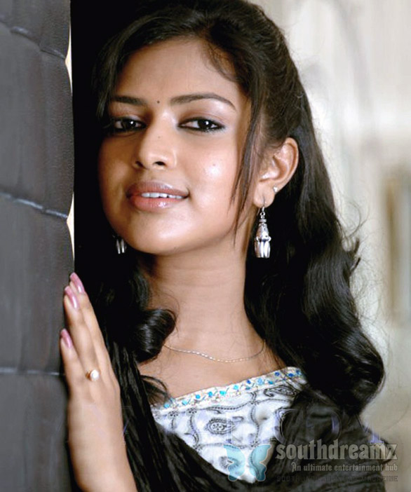 amala paul vettai  tamil movie stills Amala Paul walks out of Prithiviraj film