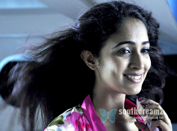 Konjam Coffee Konjam Kadhal actress Band hunt for Konjam Koffee Konjam Kadhal