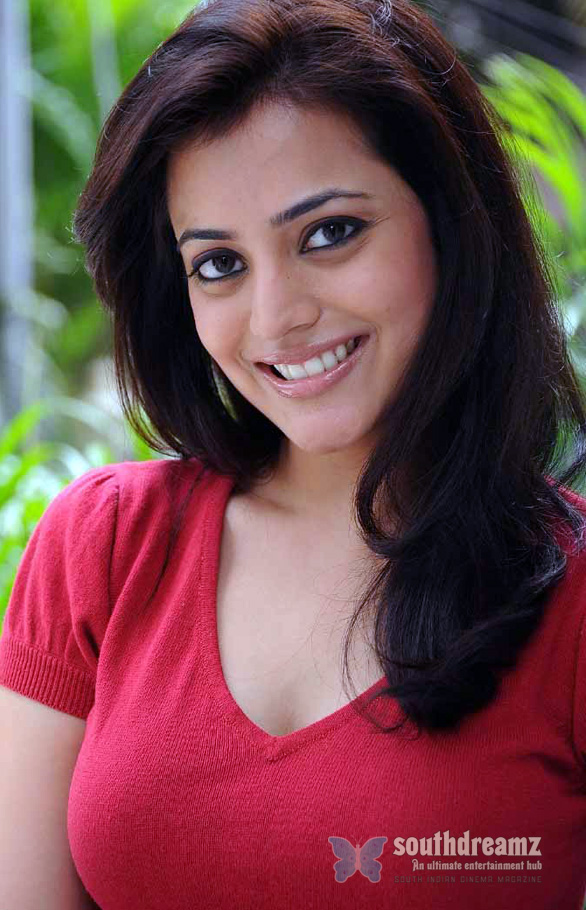 kajal sister nisha agarwal high resolution13 Vimal   Nisha Agarwal in Ishtam