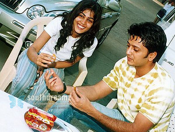 Ritesh Deshmukh With Genelia stills Genelia to marry Riteish Deshmukh