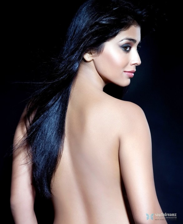 shreya saran backless wallpaper 586x715 Whats up with Shriya Saran