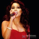 Shreya-Ghoshal-glamour-photo-4