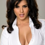 Sunny-Leone-very-very-hot-song-from-Jism-2
