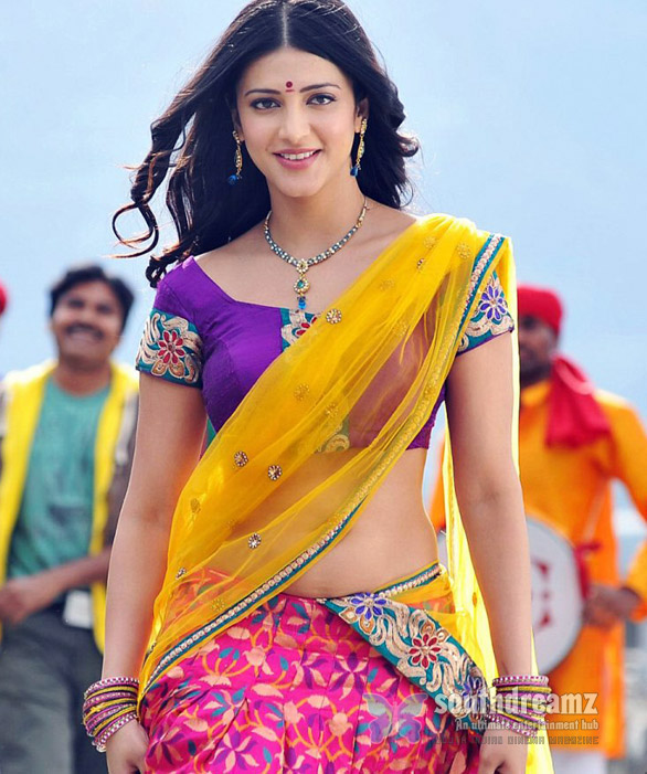 shruti hassan in gabbar singh movie Shruti Hassan Hot in yevadu