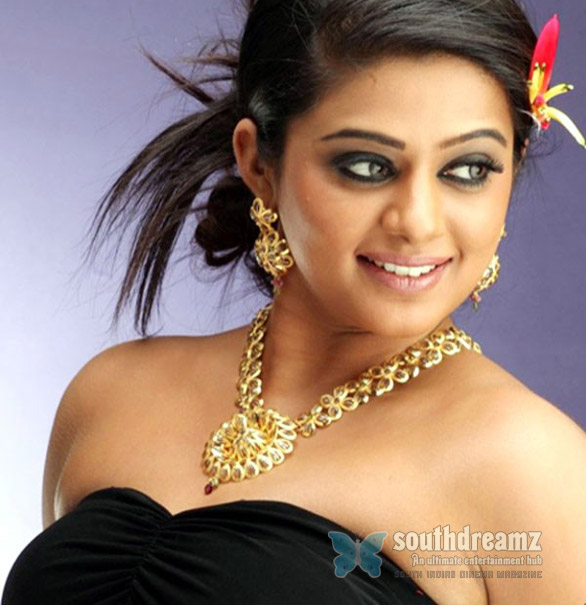 priyamani Priyamani refused to Comment on Kajal Agarwal statements
