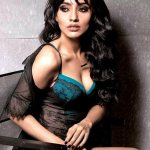 Neha Sharma tortured before Hot Scene