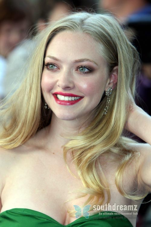 actress amanda seyfried latest photo Top 100 sexiest actresses in the World