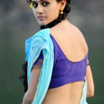 Cute-Girl-taapsee-Waist-Thread-Seduction