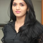 Sunaina to act in Seenu Ramasamy's next film