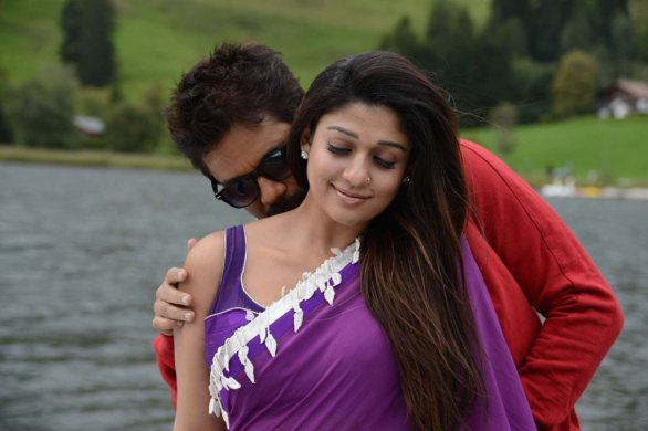 nagarjuna nayantara hot photos 8 586x390 Nayanatara Hot photos in Greeku Veerudu