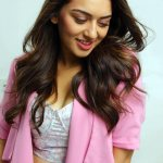 hot-indian-glamour-actress-hansika-motwani-in-biriyani-with-karthi-love-making-stills-9