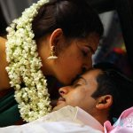 telugu-girl-archana-hot-glamour-photos-in-kamalatho-naa-prayanam-8