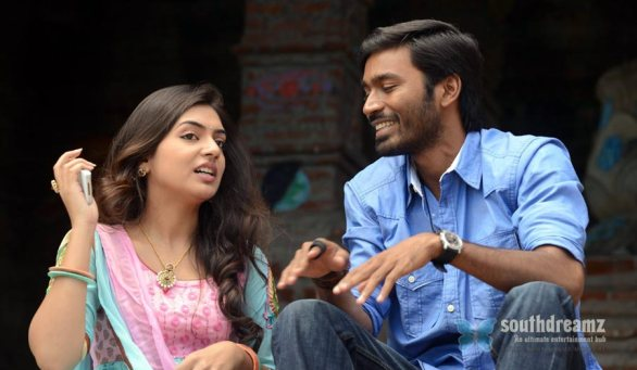 Naiyandi movie dhanush nazriya nazim love making stills 6 586x341 Naiyandi review
