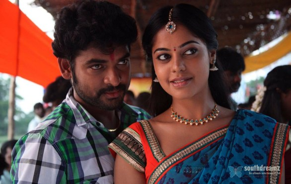Desingu Raja Movie bindhu madhavi Photos 3 586x370 Desingu Raja review