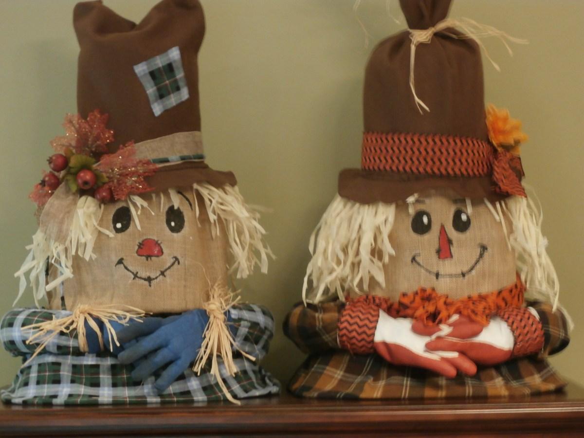 Tomato Cage Scarecrow Couple