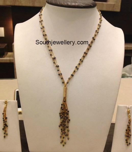 black_beads_chain