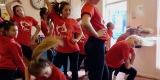 Video: DAZL at Sharp Lane Community Centre