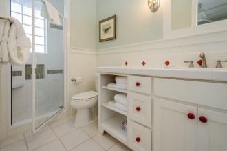 Unique touches give this bathroom a fun, retro vibe.