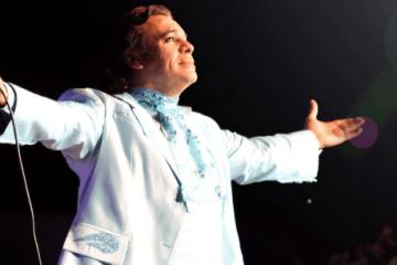 Continúa la gira sinfónica del homenaje a Juan Gabriel.