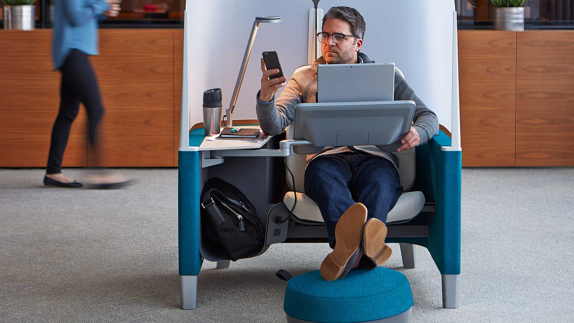image of steelcase brody worklounge