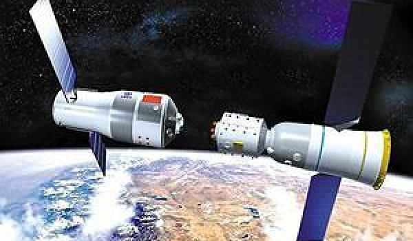 Artist's conception of docking between Tiangong-1 and a Shenzhou space capsule.