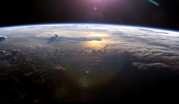 Photograph of Earth taken by ISS Expedition 7 crew. (Credits: NASA).