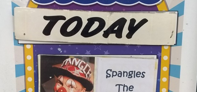 Spangles performs at Pecorama pleasure Gardens again during the School holidays 2016