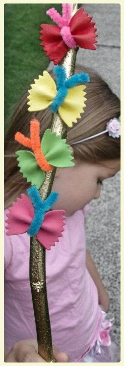 Bow tie pasta butterfly fairy wand. Featured by LE CHEMIN ABA, learning house for children with autism and other special needs, in Paris, France.