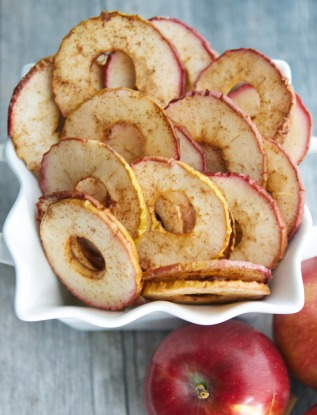 Prepare a Healthier Autism-Friendly Halloween. Cinnamon Apple Chips. | speciallearninghouse.com