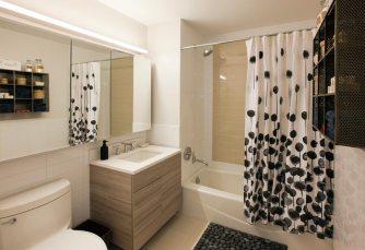 Max-bathroom
