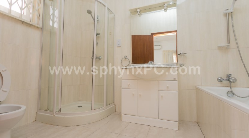 royal_airport_plaza_accra_hotel_ghana_to_let_ for_rent_property_management_facilities_city_expat_first_class(62)