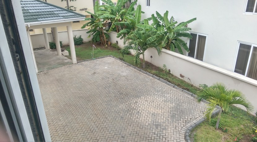 au_village_cantonments_accra_ghana_house_home_to_let_rent_gated_community_labone_secure_security_sphynx_property_consultants_agents (12)
