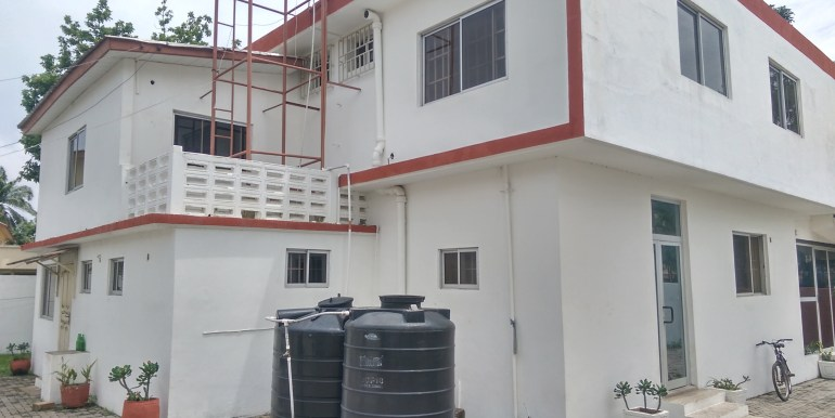 rent_to_let_office_space_accra_ghana_labone_cantonments_sphynx_leon_auguste_house_home_property_partitioned_divisions_internet_wired_safety_exits_sale( (2)