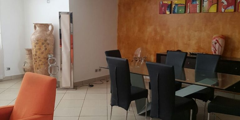 villaggio_primavera_penthouse_to_let_accra_ghana_august_2017_0302973871_afua_taricone_leon_auguste_SPHYNX_airport_residential_area_pool (11)