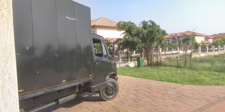 a_+_transport_company_accra_gh_removal_hire_truck_cargo_home_house_workers_lorry_container_kia_professional_boxes_packaging_careful_specialist_pallets_freight_airport_self_drive_rental_hiring (26)