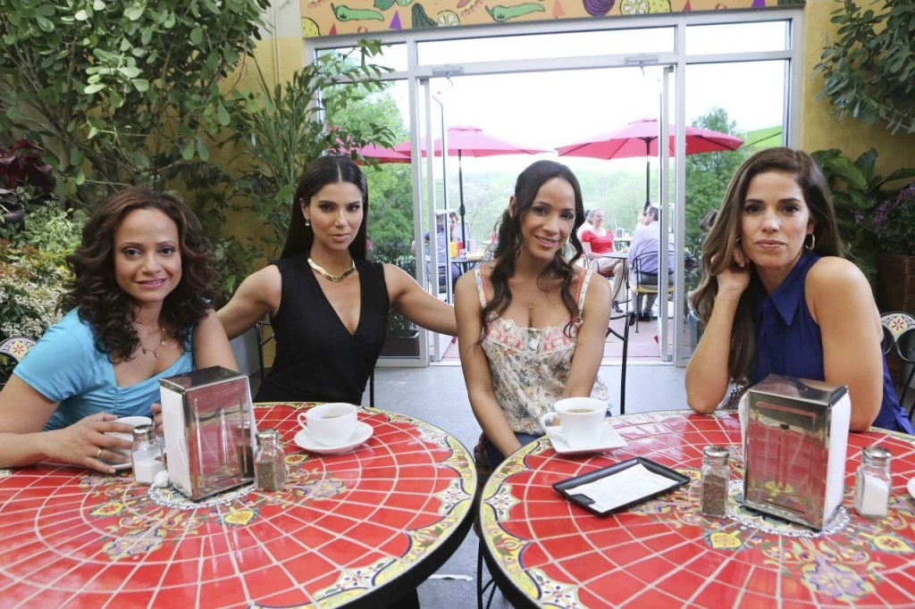 Devious Maids (10) low