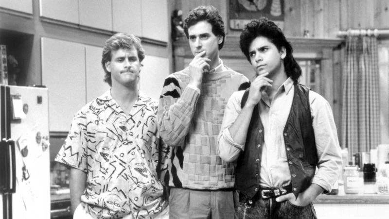 FULL HOUSE, (from left): Dave Coulier, Bob Saget, John Stamos, 'The First Day of School', (Season