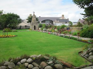 Tankerness_house_gardens