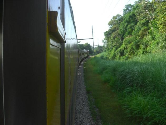 3-train rounding corner