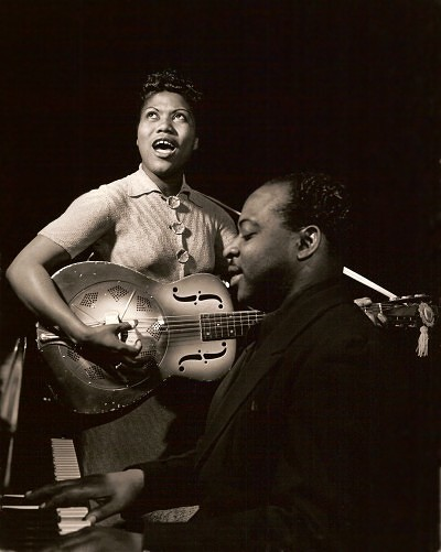 Sister Rosetta Tharpe performing in the early 1940s.  Photo  by Charles Peterson